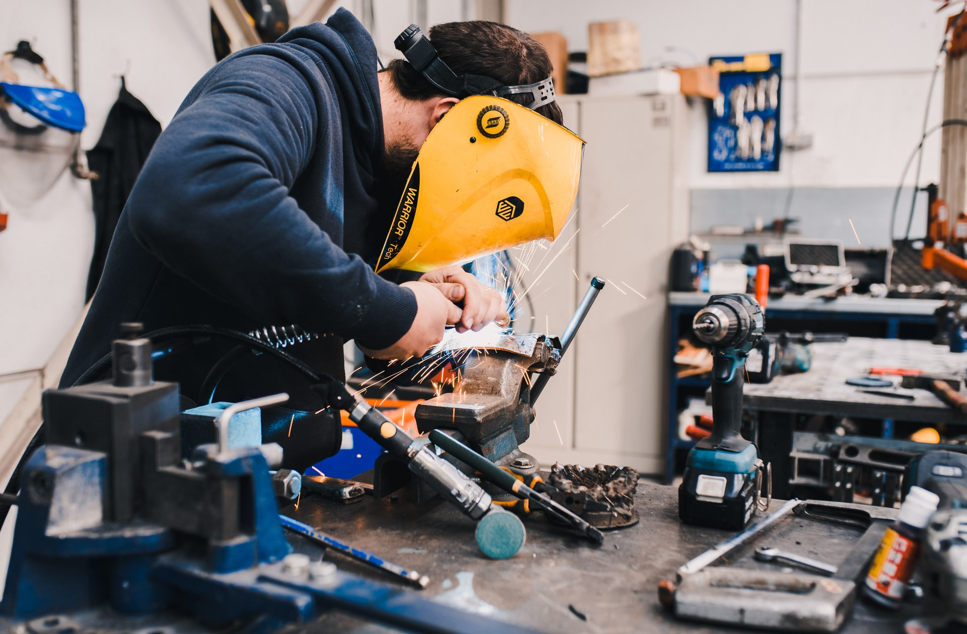 How to Create and Maintain a Safe Manufacturing Workplace